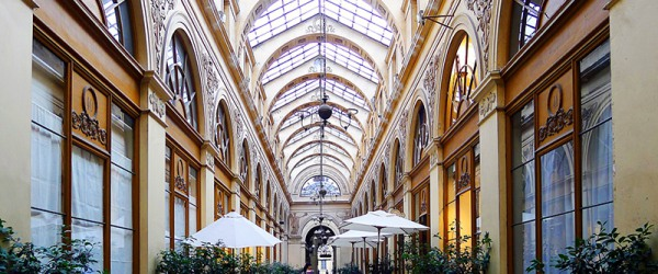 Take advantage of the sales to discover the covered passages of Paris